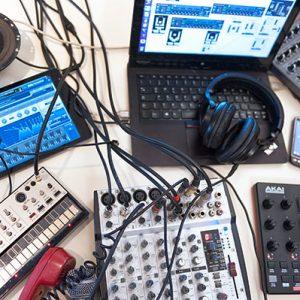 Elektronische Musik für absolute AnfängerInnen